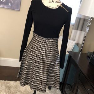 🔴Max Studio Houndstooth Sweater Skirt Medium NWT
